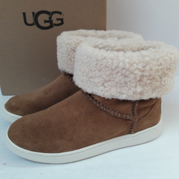 New Ugg Mika Classic Sneaker Boots Size